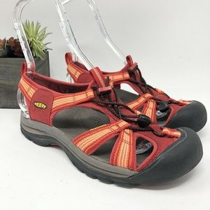 KEEN Size 9.5 Bungee RED ORANGE Waterproof Shoes
